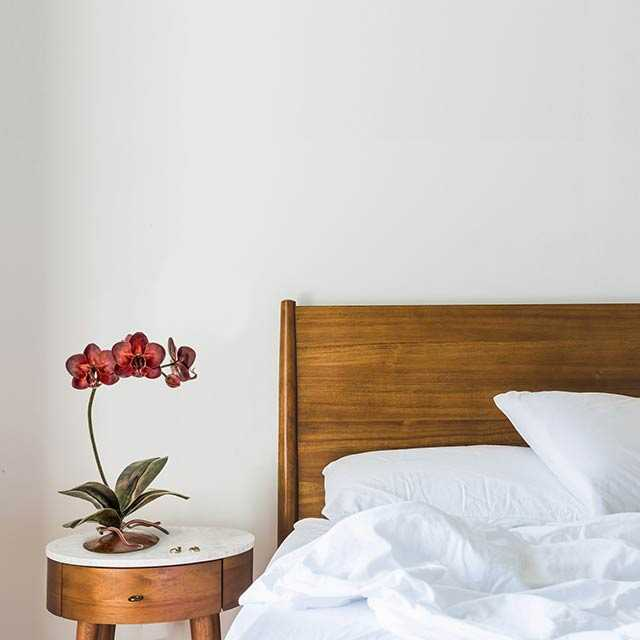 red orchid sculpture bedroom